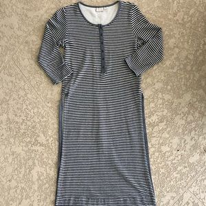[Anthropologie] Blue/White Long Sleeve Slit Tunic